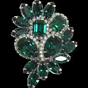Wonderful Kramer Emerald-Green and Clear Rhinestone Brooch