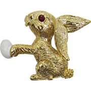 Gerry's Easter Bunny with Egg Pin