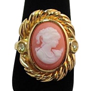 "Avon ""Sentimental Cameo"" Ring - Book Piece"