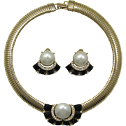 Wide Gas Pipe Flexible Necklace with Imitation Pearls & Earrings