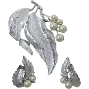 "Sarah Coventry ""Silvery Splendor"" Brooch"