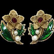 Avon Enamel and Pearl Christmas Flower Earrings