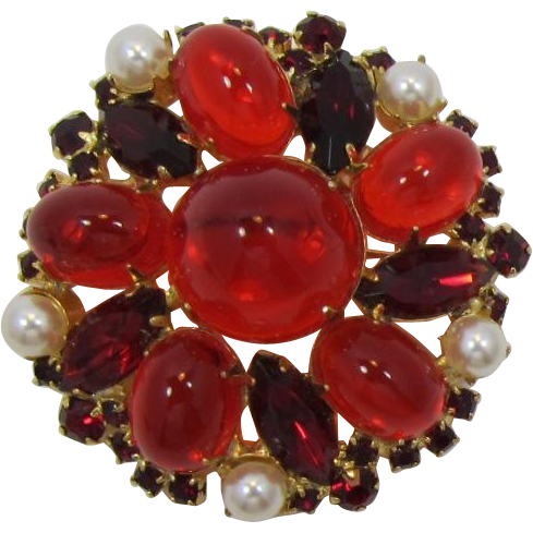 DeLizza & Elster - Juliana High-Domed Red Rhinestone Cabochon Brooch