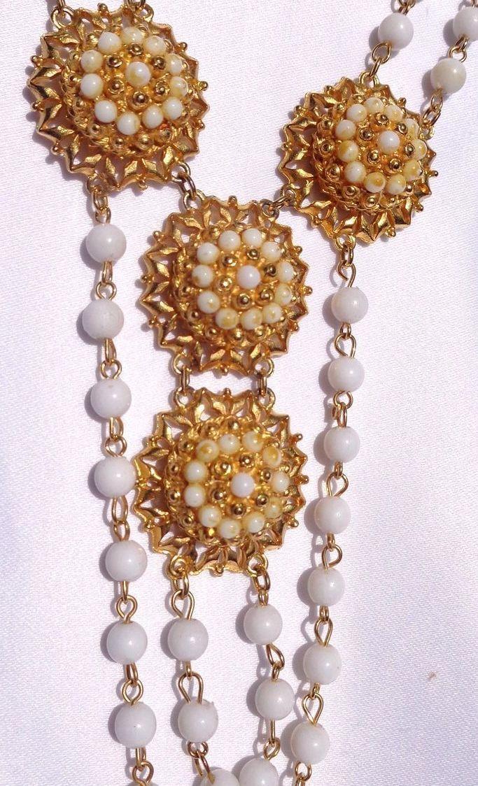 Vintage Gold Tone Florenza Necklace & Clip-on Earring Set