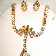 Vintage Rhinestone/Freshwater Pearl Brushed Goldtone Necklace Earring Set