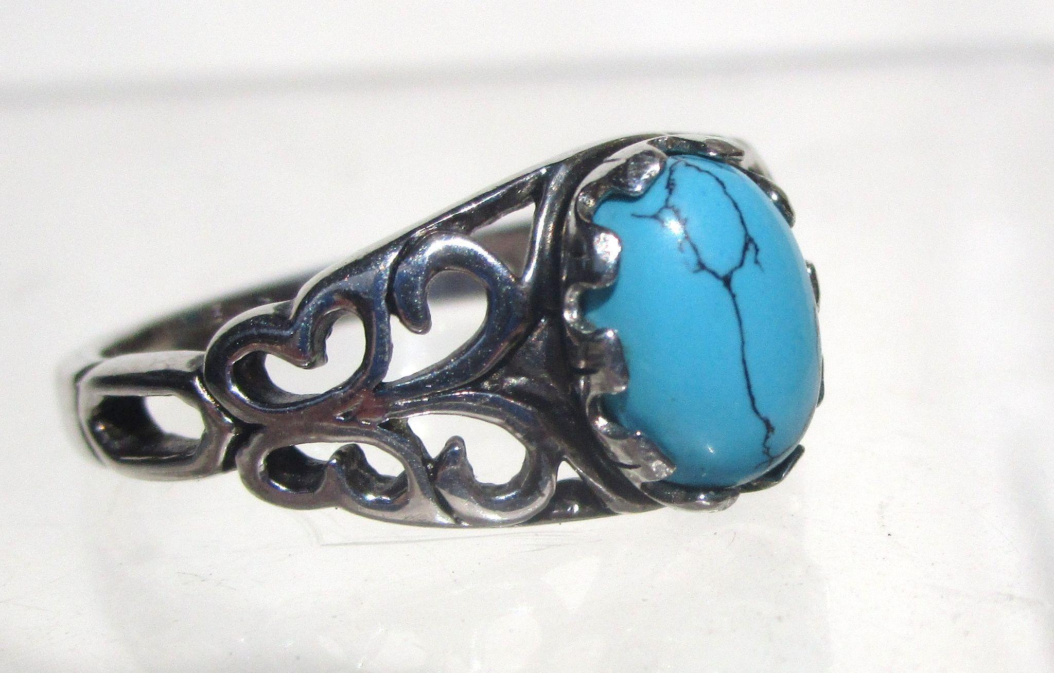 Vintage Sterling Silver Turquoise Ring-7