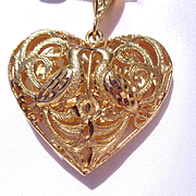 Vintage Gold Tone Heart Pendant with Doves
