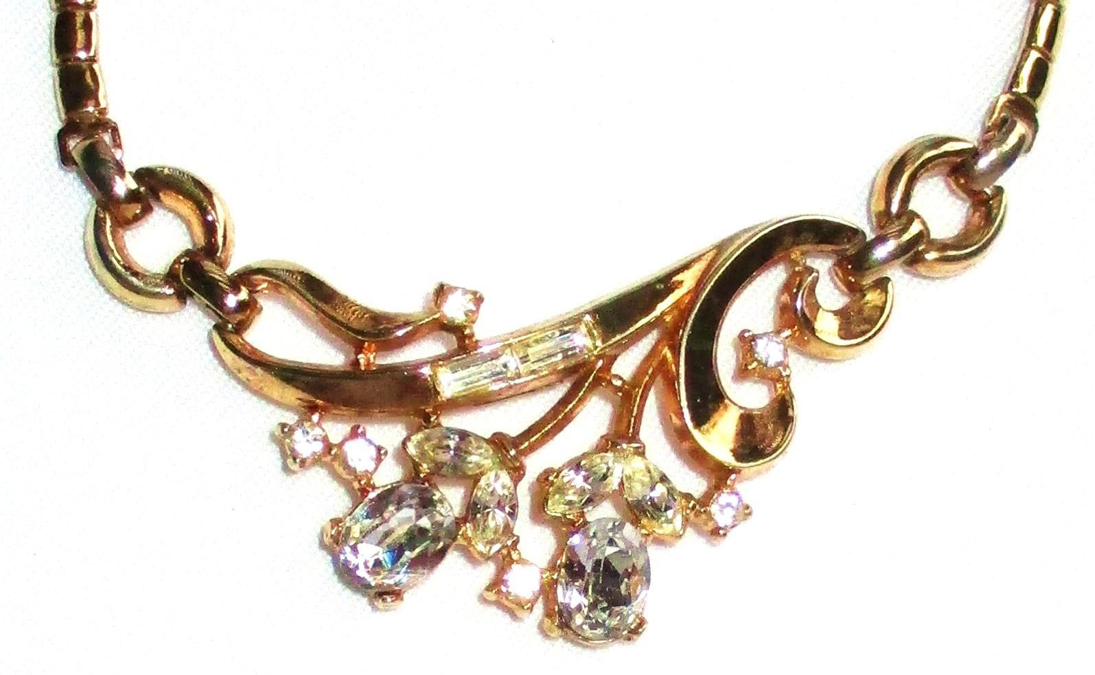 Vintage Trifari Goldtone Rhinestone Necklace