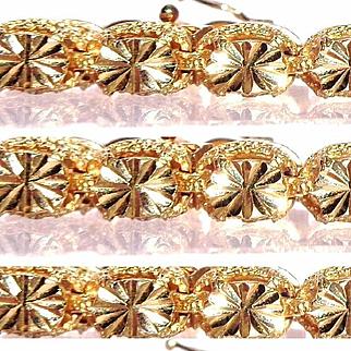 Diamond Cut/11 grams/14k Gold, 22 Section Starburst Bracelet