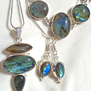 3-Piece Labradorite Necklace/Bracelet/Earring Set