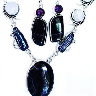 Striped Botswana Agate/Biwa Pearl/Moonstone Necklace/Earring Set