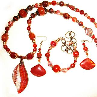 Veined Agate Pendant/Beaded Necklace/Bracelet/Jasper Earrings