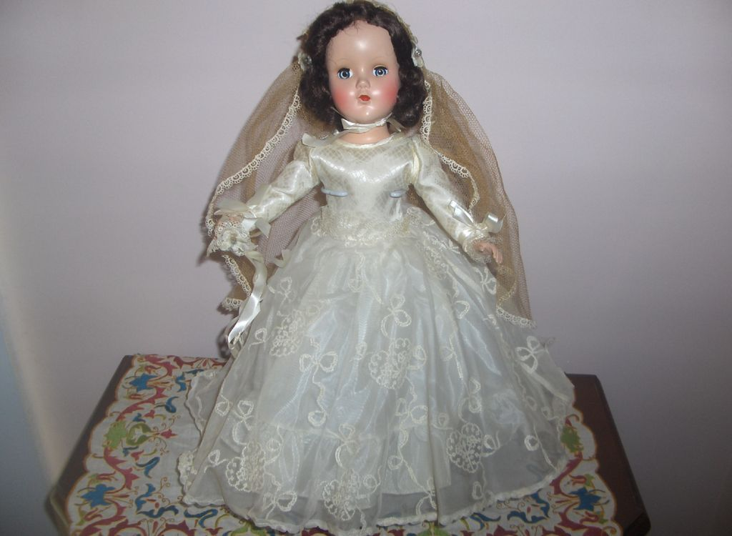 "MIB 14in. R & B ""Nanette Bride"" Doll  Hard Plastic  c.1950  Elegant Beautiful"