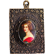Beautiful Vintage 24K Gold Plated Ornate Framed Miniature Cameo Print Wall Hanging