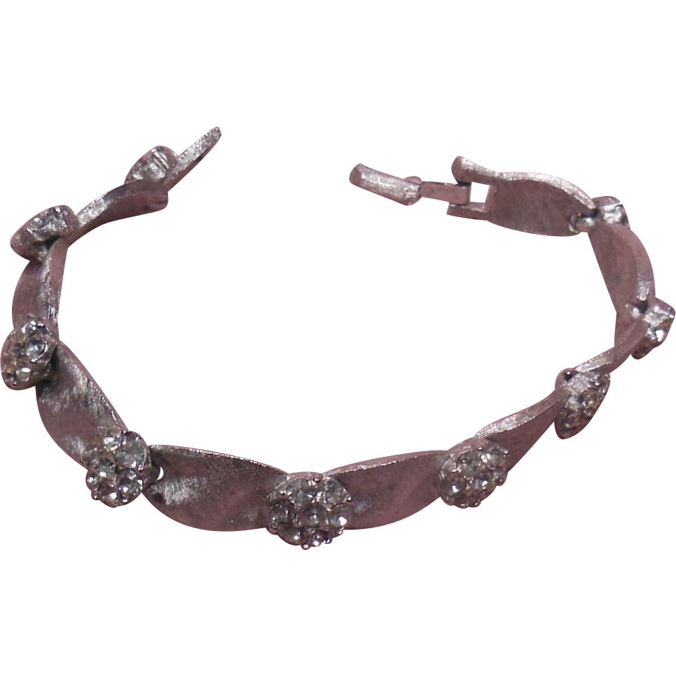 Signed Trifari Clear Rhinestone Brushed Silver Tone Ribbon Link Bracelet