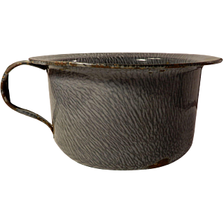 Old Gray Mottled Graniteware Enamelware Chamber Pot