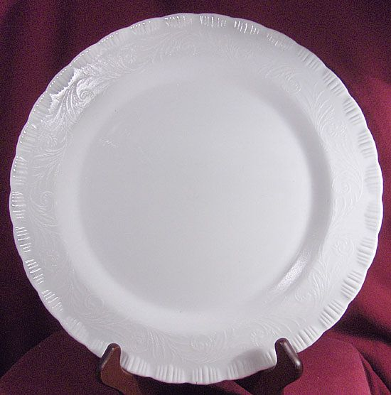 "Beautiful 12"" Custard Glass Round Platter or Chop Plate"