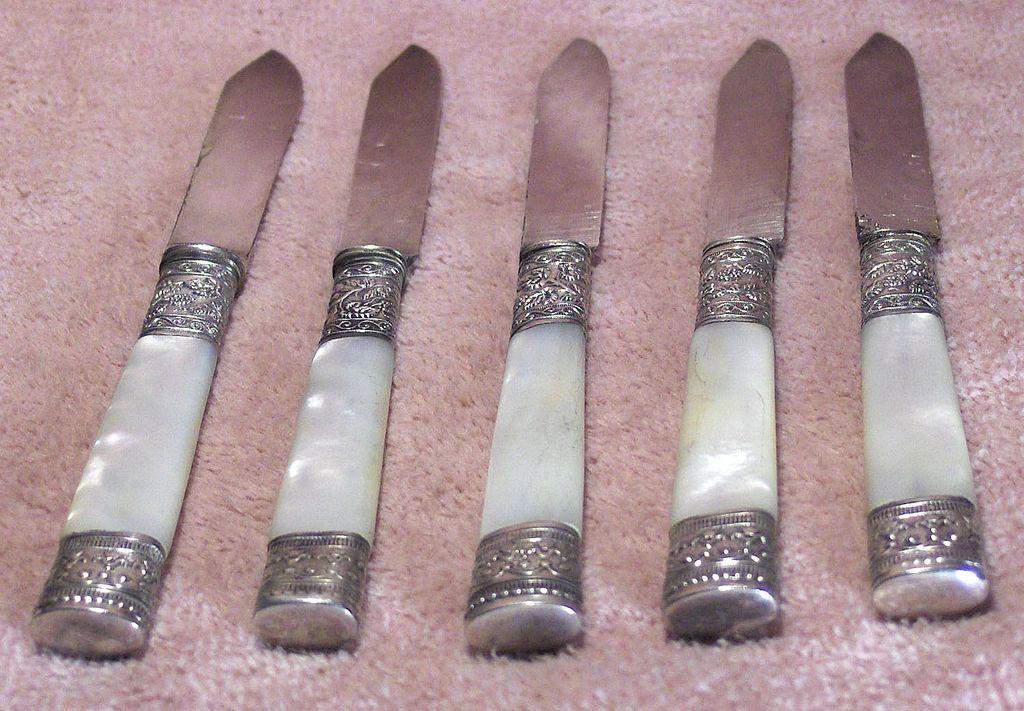 Set of 5 Antique Sterling and Mother of Pearl Fruit Knives