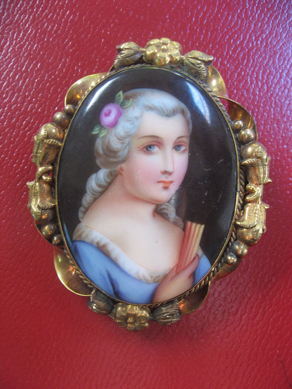 Victorian Brooch - Hand Painted Lady & Fan - Perfect Valentine