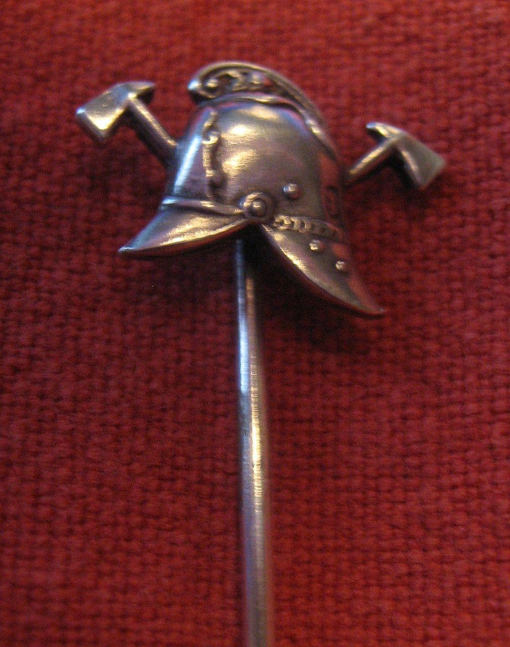 British Victorian Fireman's Helmet silver stickpin