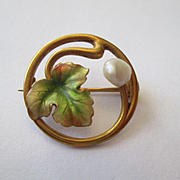 Charming Little Art Nouveau 14K Enamel Pin - Leaf with a Pearl