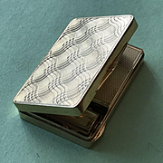 18K Gold Elegant Compact - Heavy and Beautifully Made - Circa 1930's