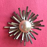 Wonderful Modernist Costume Holiday Pin