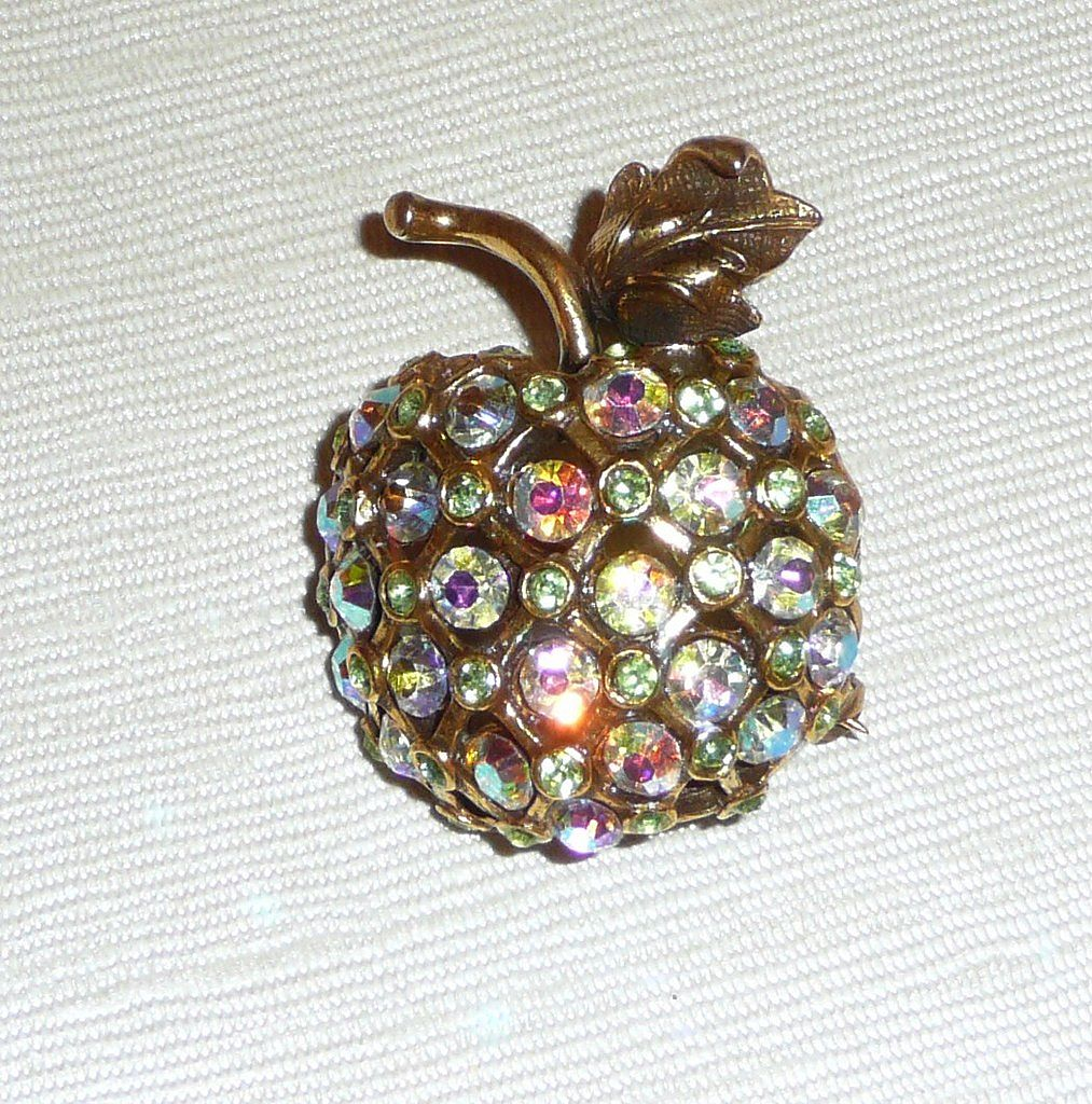 Rhinestone Apple For The Teacher? Brooch