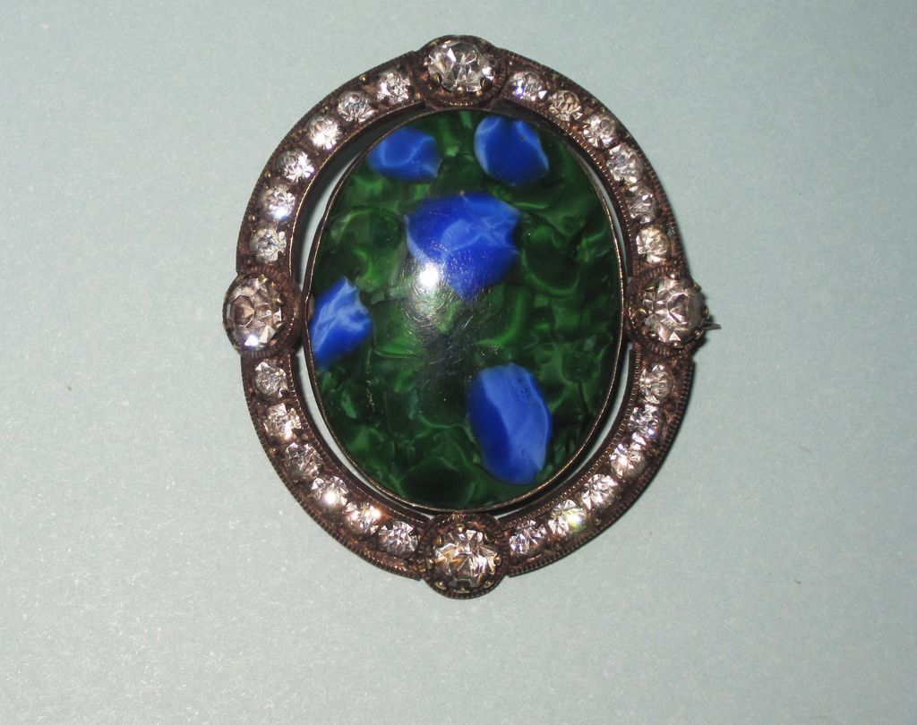 Victorian Art Glass Paste Brooch