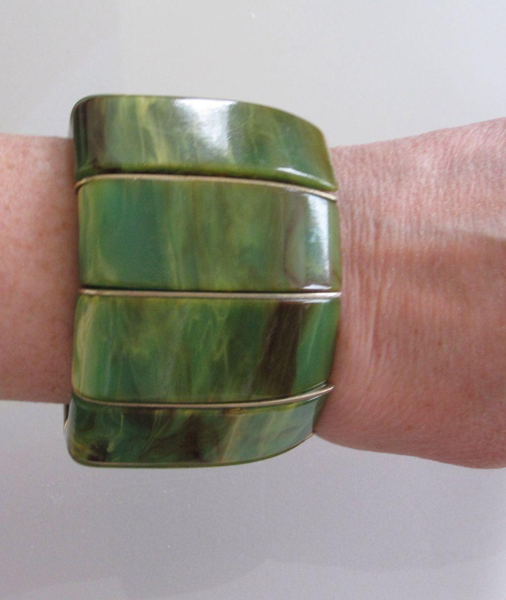 Large Green Swirled Bakelite Bracelet