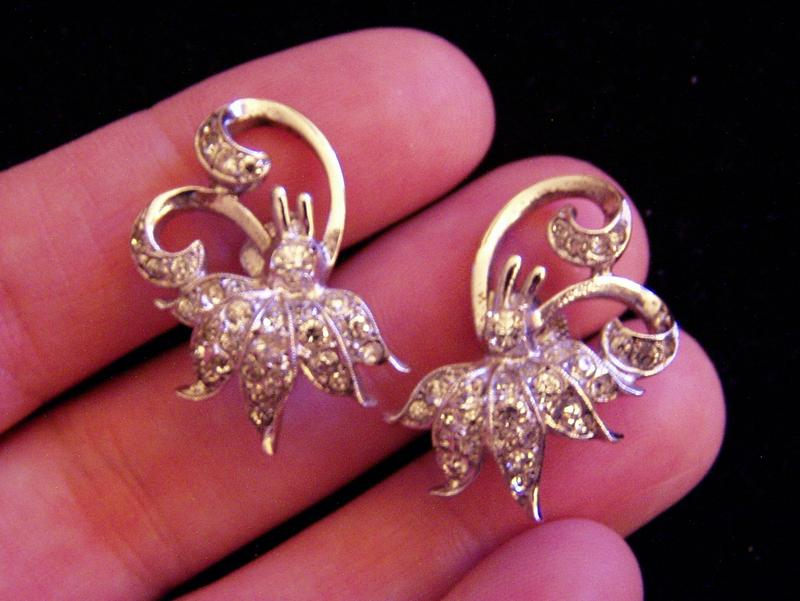 Pretty Vintage Sterling Rhinestone Earrings Flowers