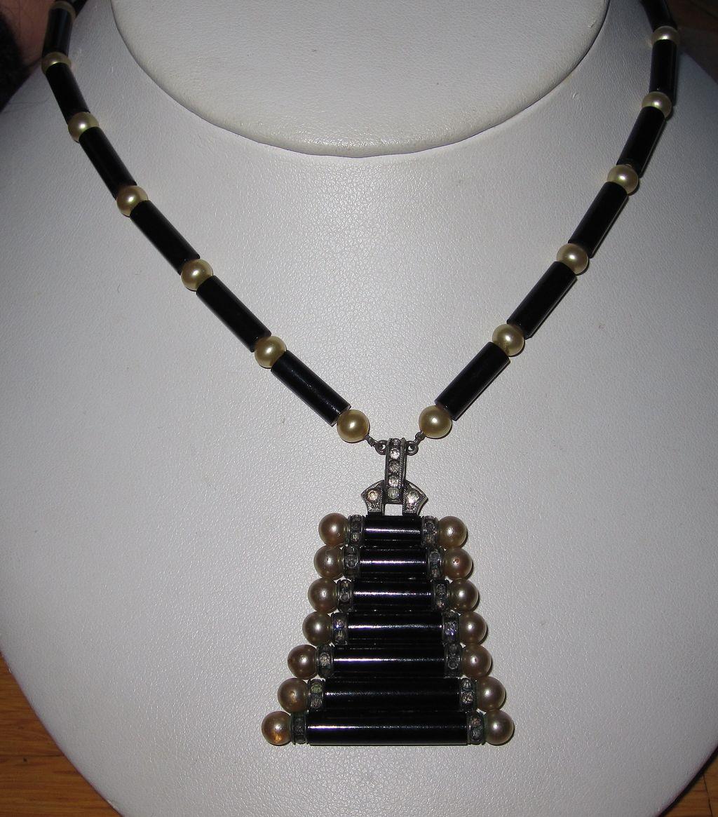 Art Deco Germany Black Glass Necklace