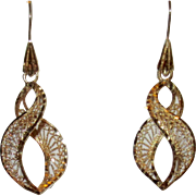 Beautiful Vintage Filigree Spiral 14K Gold Earrings
