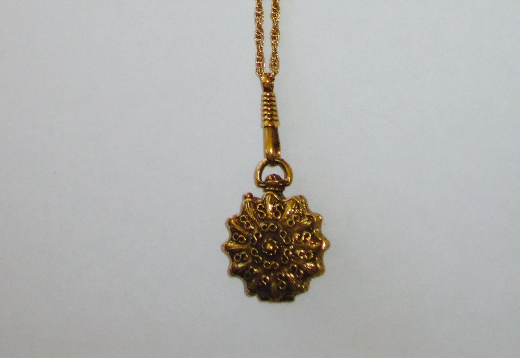 Vintage Goldette Slide Chain Locket