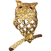 14K Gold Owl Brooch Ruby Eyes Adorable Great Gift Item