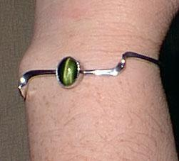 Modern Silver Bracelet with Green Cats Eye Stone