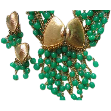 Parure Necklace Brooch Earrings Green Glass