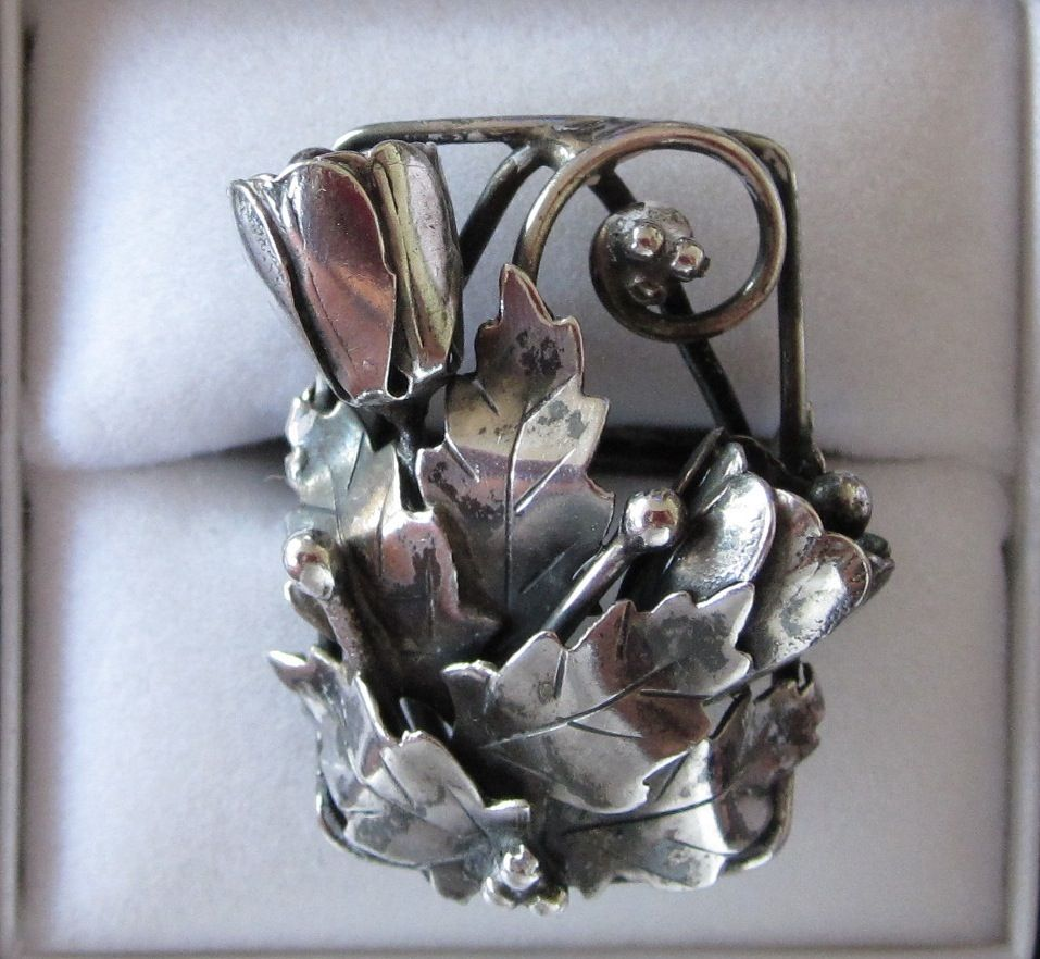 Vintage Silver Floral Ring Size 4 3/4