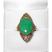 Vintage 14K Yellow Gold Filigree Apple Green Jade Ring