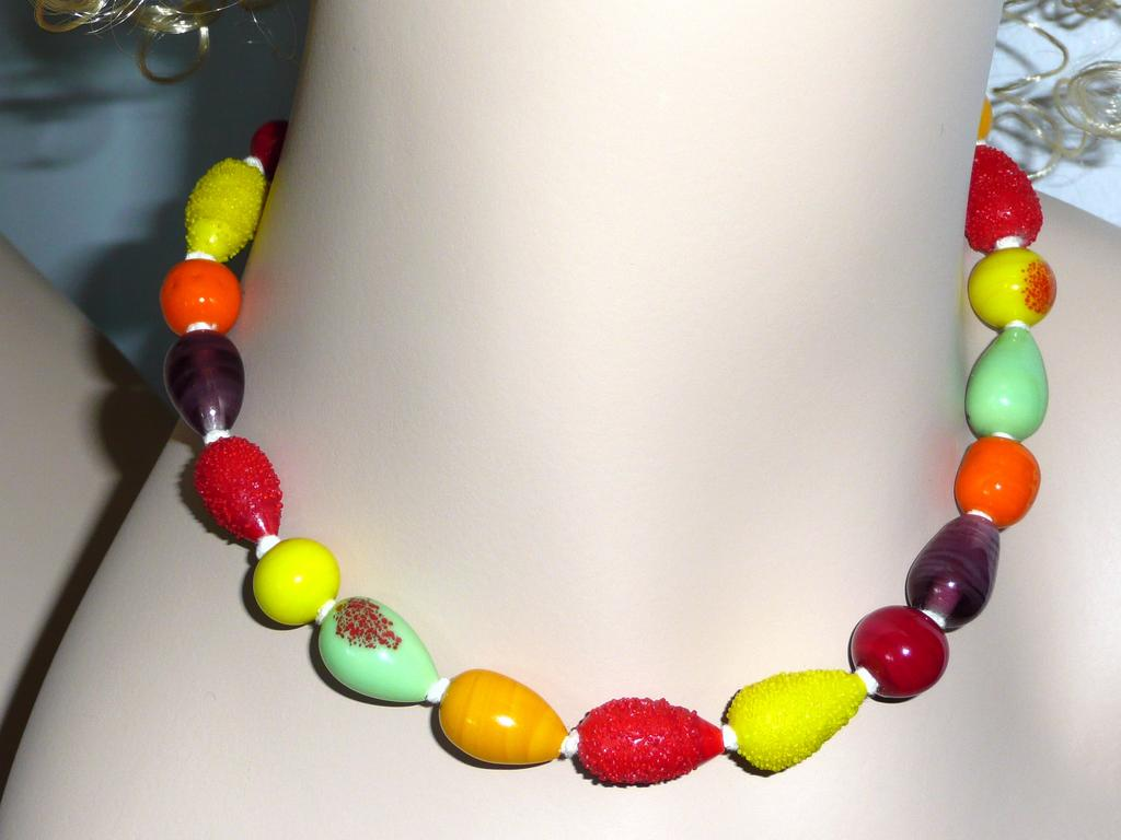 Vintage Japan Glass Fruity Beads Choker