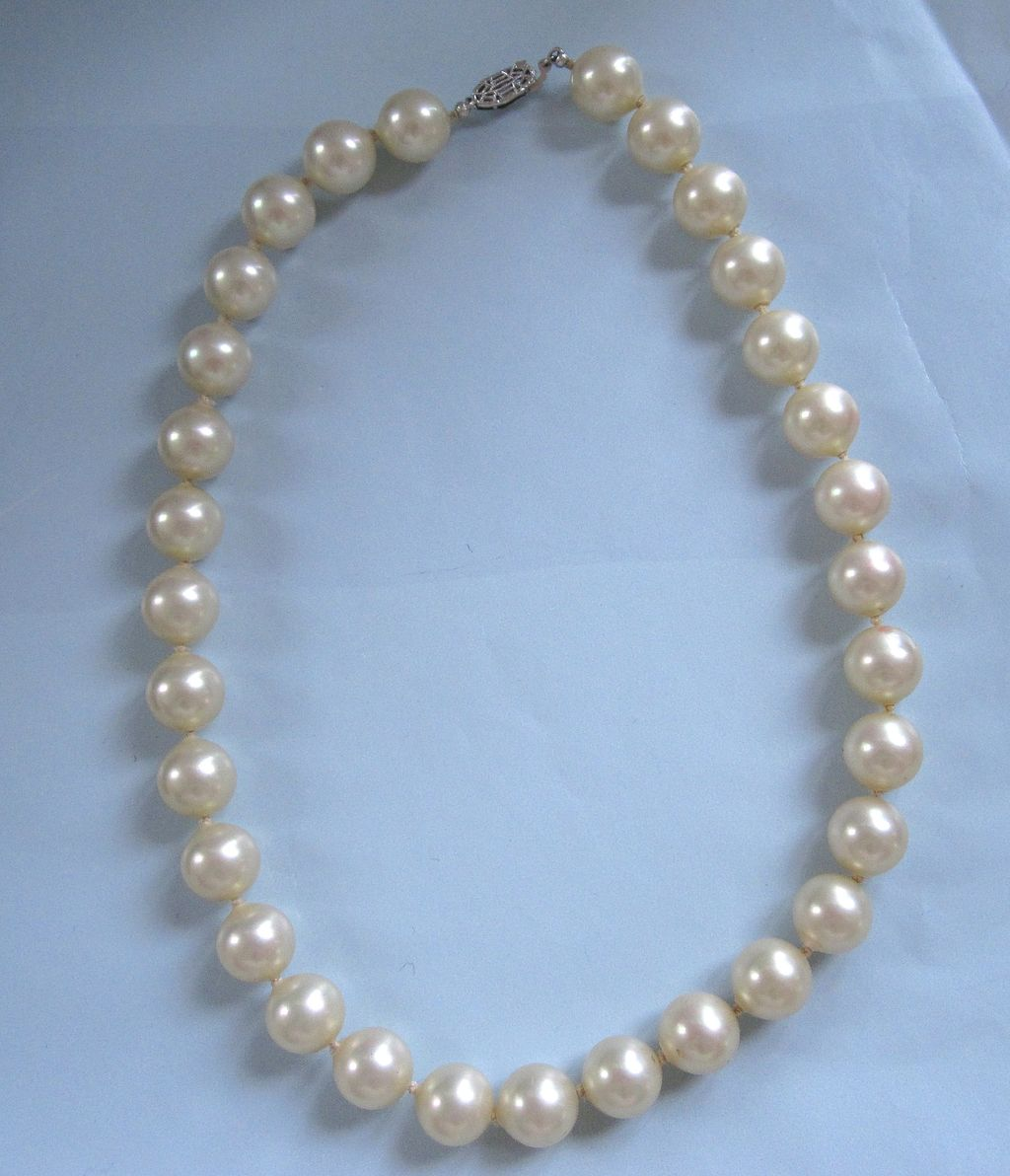 Vintage Majorica Pearl Choker Fit for a Bride