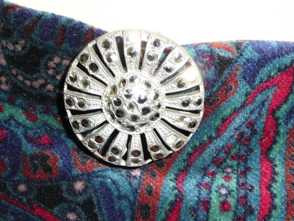 Vintage Marcasite Round Pin