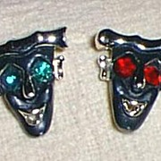 Artistic Mask Pins Pair Must See