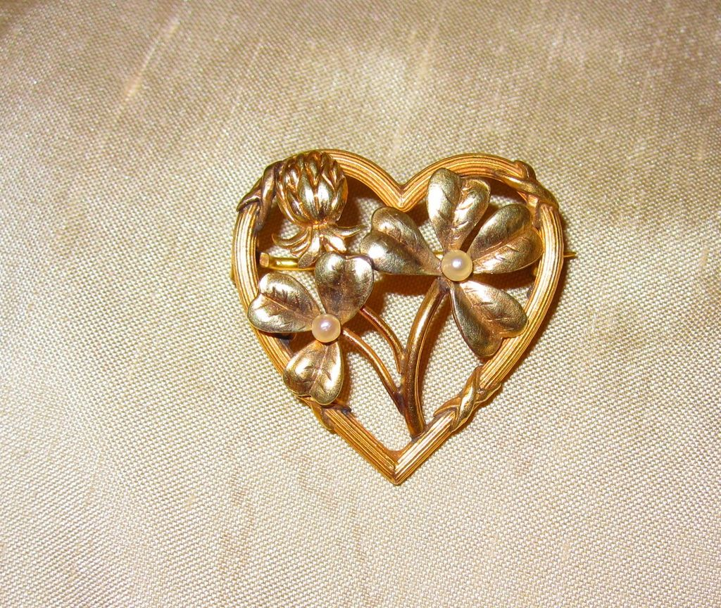 Art Nouveau Pin Shamrocks, Thistle and Pearls