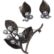 Ming's of Honolulu Sterling Brooch and Earrings Silver Pearls