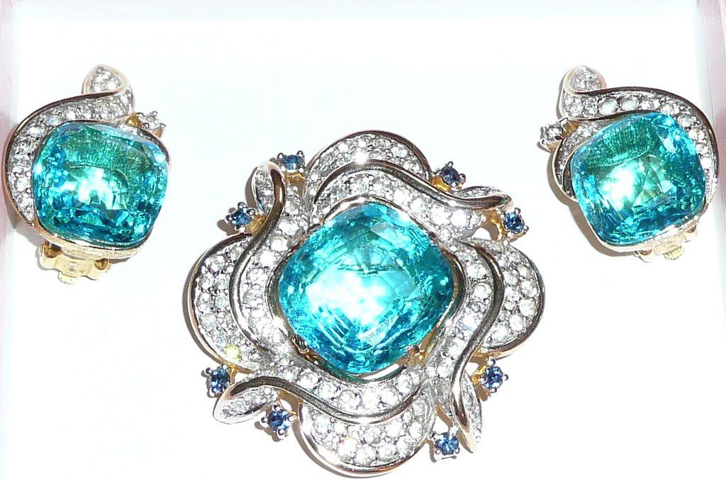 Gorgeous Polcini Brooch and Earrings Set Aqua Blue