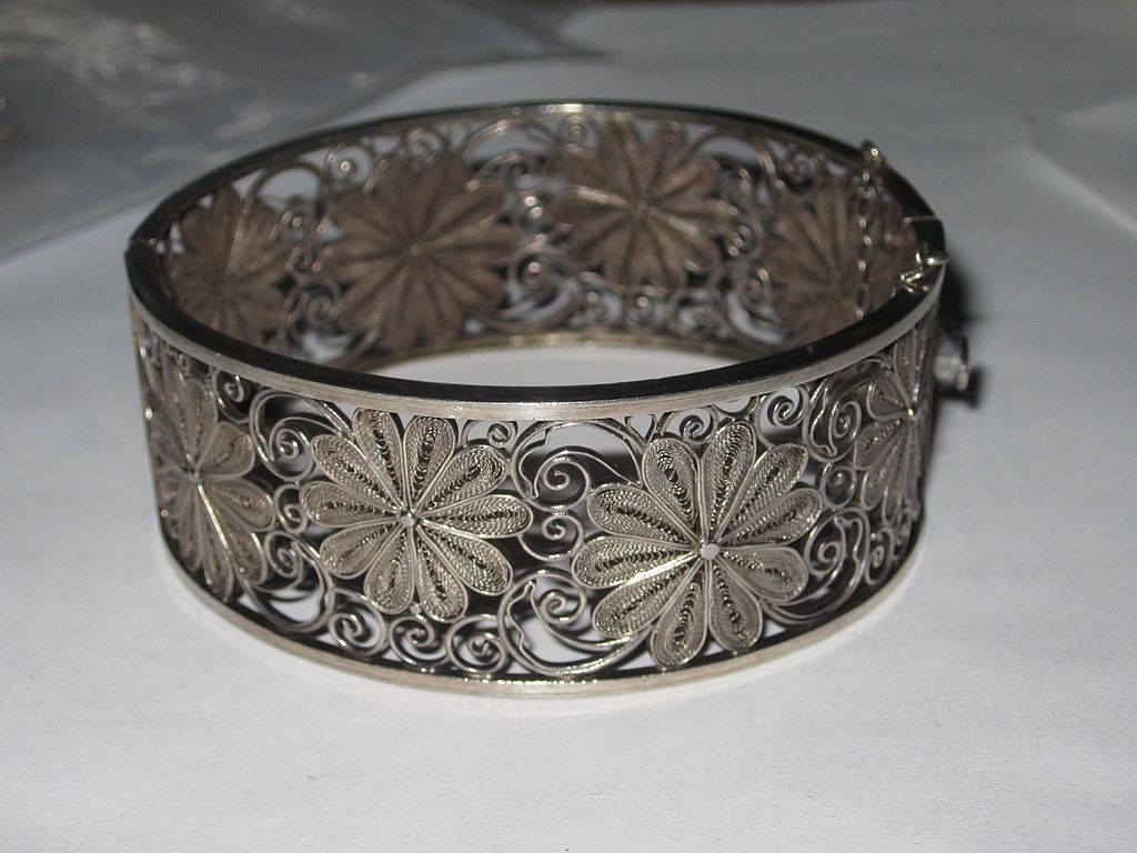 Silver Flower Cuff Bracelet with Earrings