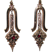 Victorian 10K Gold Lovely Drop Earrings