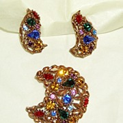 Pretty Vintage Rhinestone Crescent Brooch and Earrings