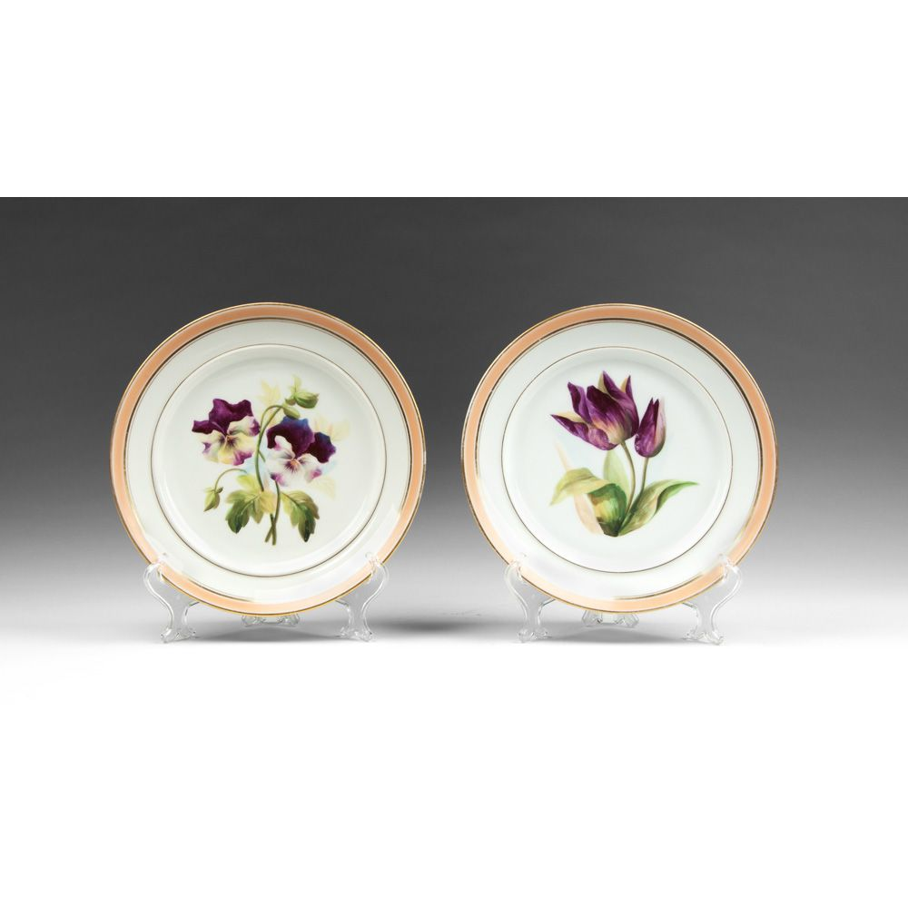 Pair of Circa 1840 Paris Porcelain Dinner Plates